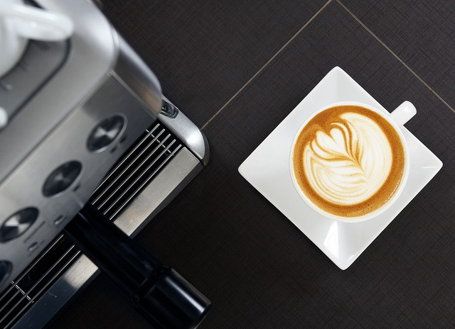 Making a Shot of Espresso with the Breville Barista Express Espresso Machine
