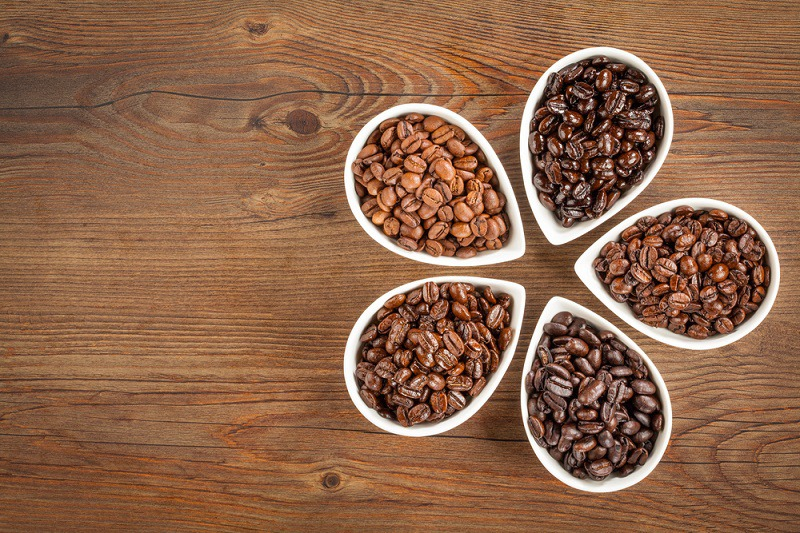 Does Light Roast Have More Caffeine?