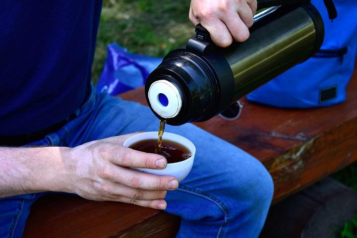 Best-Travel-Mugs-to-Keep-Coffee-Hot