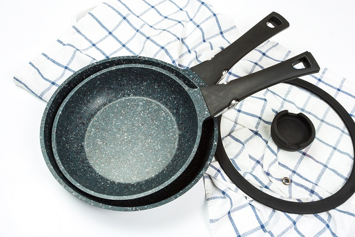Things-You-Should-Know-to-Extend-the-Life-of-Ceramic-Pans