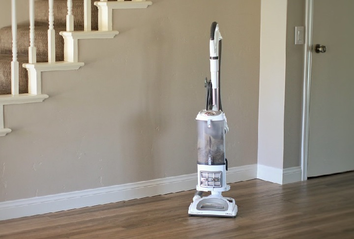Top 12 Best Shark Upright Vacuum Cleaners In 2019