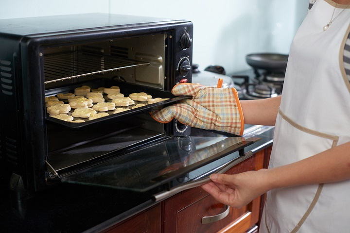 Why-You-Should-Choose-a-Small-Toaster-Oven