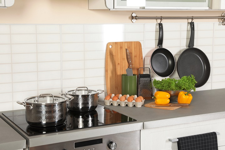What-Should-You-Look-for-When-Buying-a-Stainless-Steel-Cookware-Set